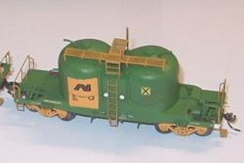 ANRAN WAGON KIT APAX 2 DOME CEMENT HOPPER KIT HO