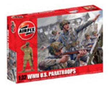 MILITARY   AIRFIX A02711 WWII US PARATROOPS 132